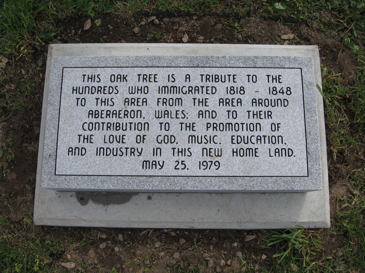 Cofeb, Oak Hill / Memorial stone, Oak Hill